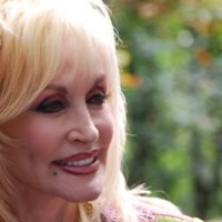 Parton Me? Dolly Didn't Praise Trump