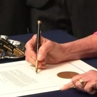 Pelosi's Impeachment Pens Aren't 18-Karat Gold