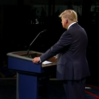 Trump Revives Claim of 'Oscillated' Debate Mic in 2016