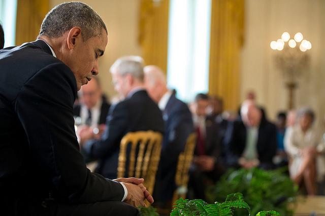obama_praying.png